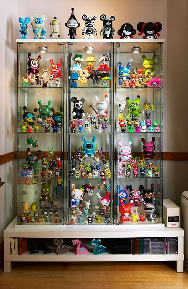 Want cabinets like this for our star wars and batman - Estanterias para dedales ...