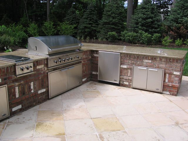 Built in Outdoor Grill Designs | Brick outdoor kitchen design Bergen ...