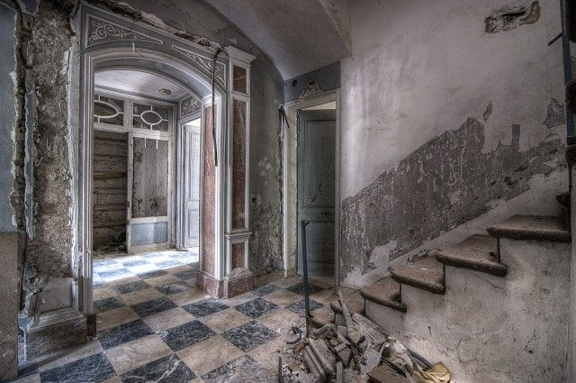 Hilo para poner fotos de casas abandonadas por dentro for Casas pintadas por dentro