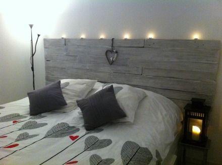 Tête de lit en bois de palette Pallet furniture, Pallets and Bedrooms