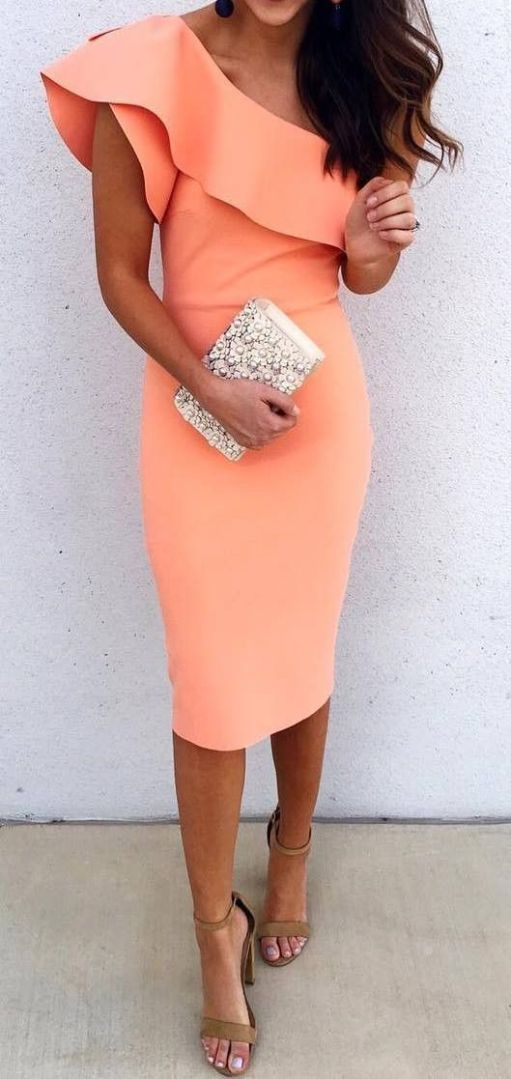 15 Gorgeous Cocktail Party Outfit Ideas For Your Next Event - Society19