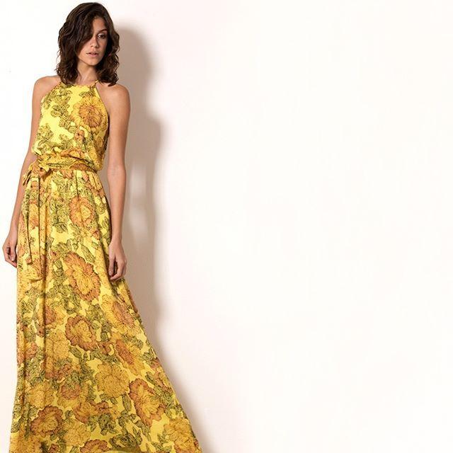 VERÃO PARADISO  🌿O poder do long dress, que garante toda feminilidade e charme à produção! #veraomissmano #fashion #exclusive #fashion