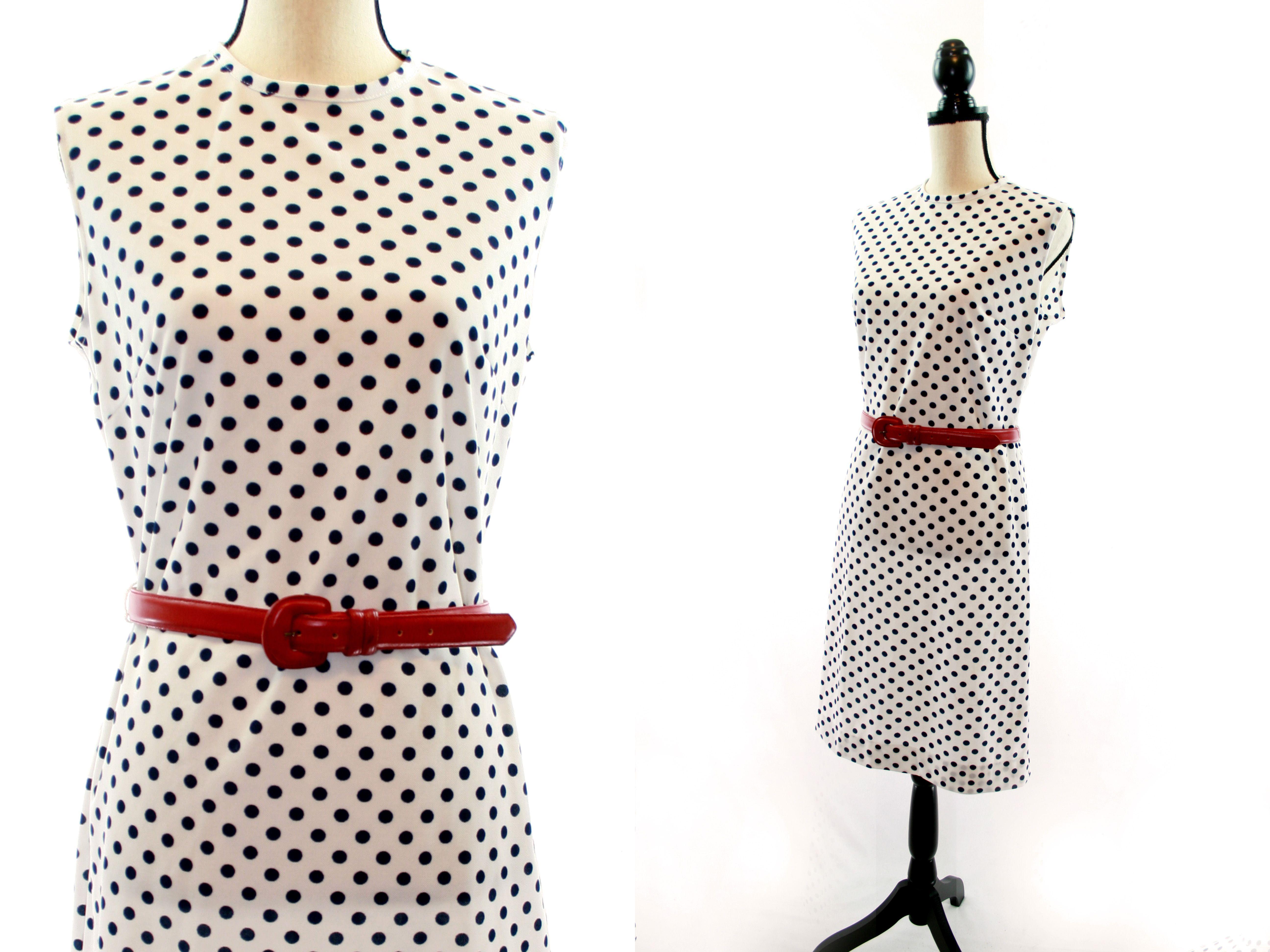 60s 1960 Vintage Polka Dot Shift Dress Vintage Outfits Vintage Outfits 60s Cute Vintage Outfits [ 3888 x 5184 Pixel ]