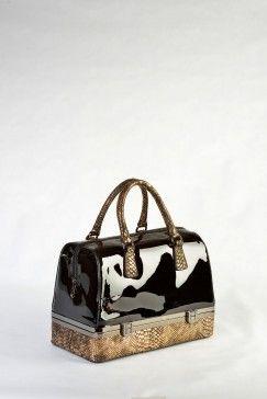 Τσάντα χειρός και ώμου μαύρο db13593c414