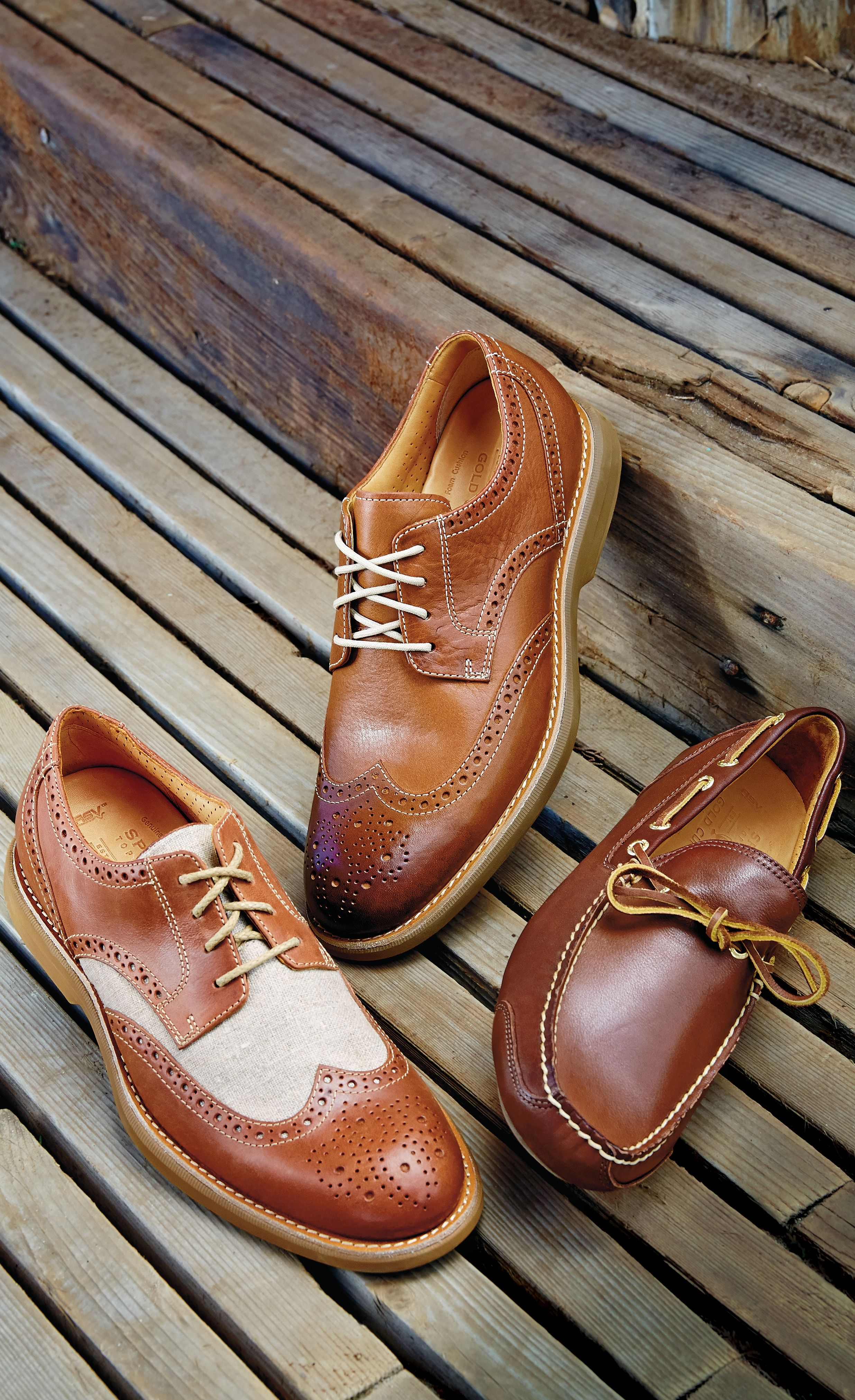 Mens formal wear, Tan shoes