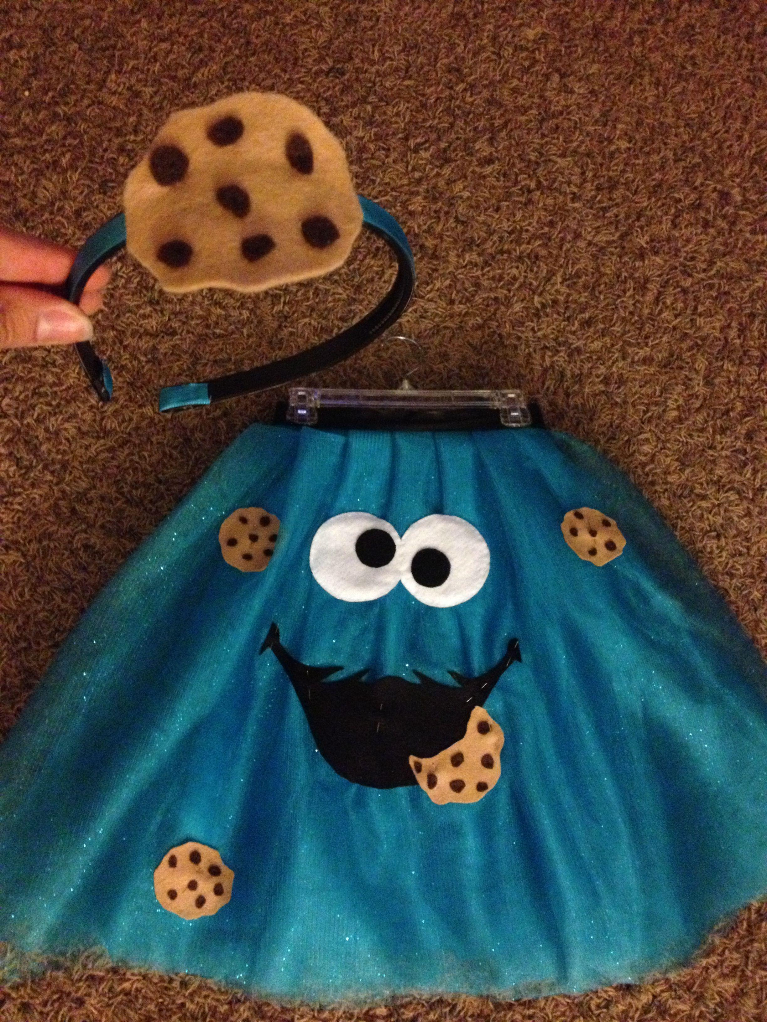 Monster Halloween Cookies: Jasmine's 2012 Homemade Cookie Monster Costume With Cookie