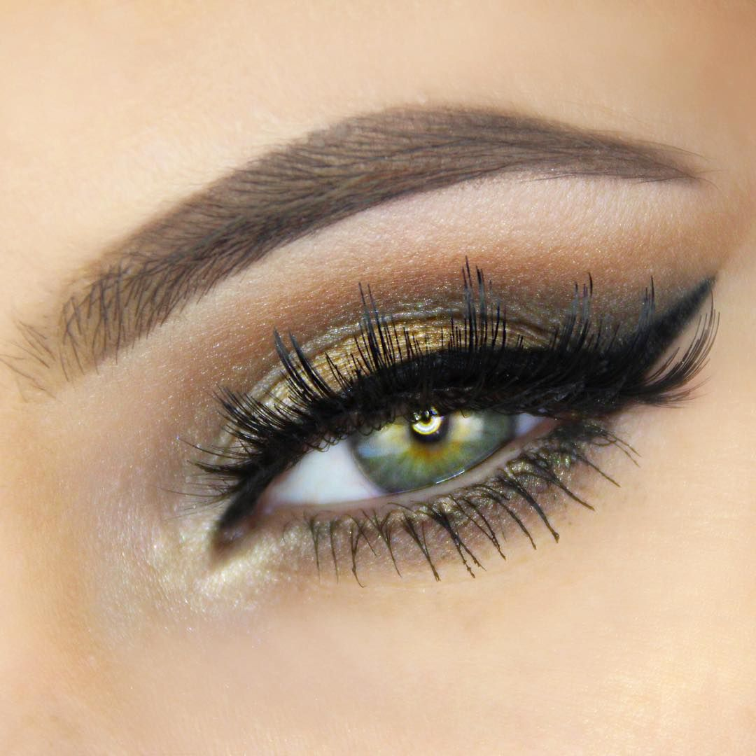 Perfectly painted eyelashes at home 9