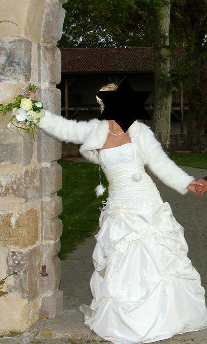 Très belle robe de mariée Ivoire-et/ ou Boléro ivoire en taffetas