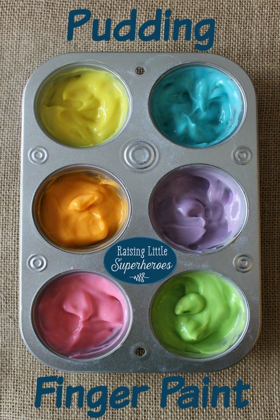 Toddler food activity with pudding fingerpaints