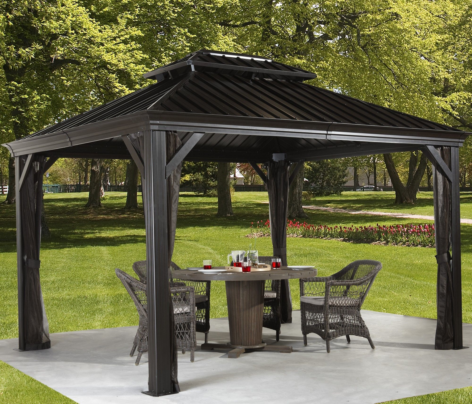 Messina 10 Ft W X 10 Ft D Metal Permanent Gazebo Diseno De Terraza Quinchos Madera Y Metal