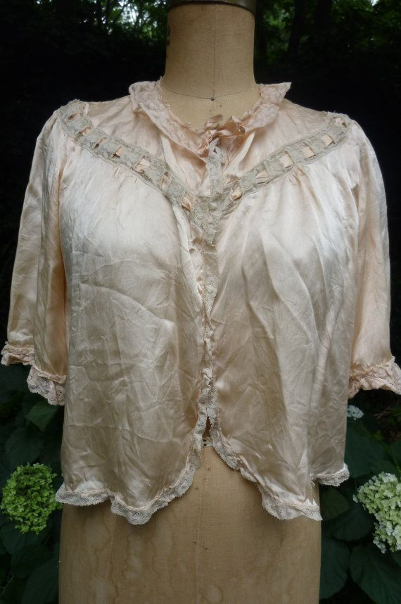 1940s Bed Jacket Pink Silk Lingerie Bed Jacket Silk and Lace Robe Size Small