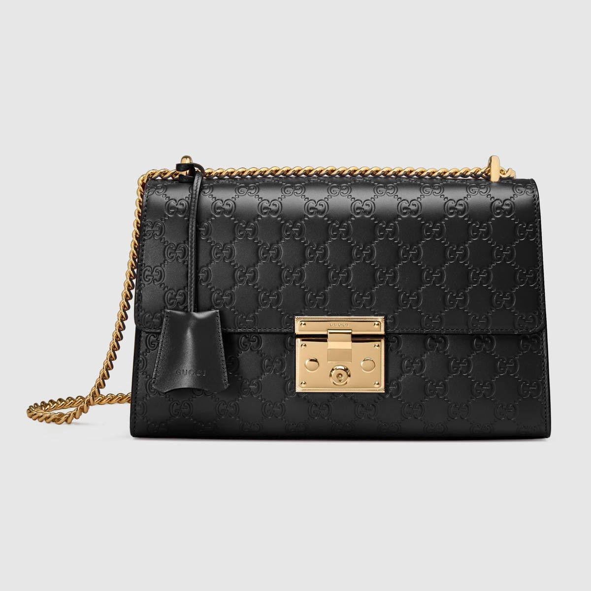 9b8485660e53 GUCCI Padlock Gucci Signature shoulder bag - black Gucci signature.  gucci   bags  shoulder bags  hand bags  lace  suede  lining