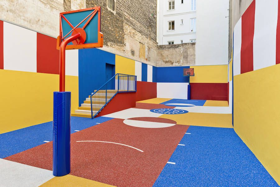A New Colorful Basketball Court In Paris Pigalle Basketball Basketball Court Basketball