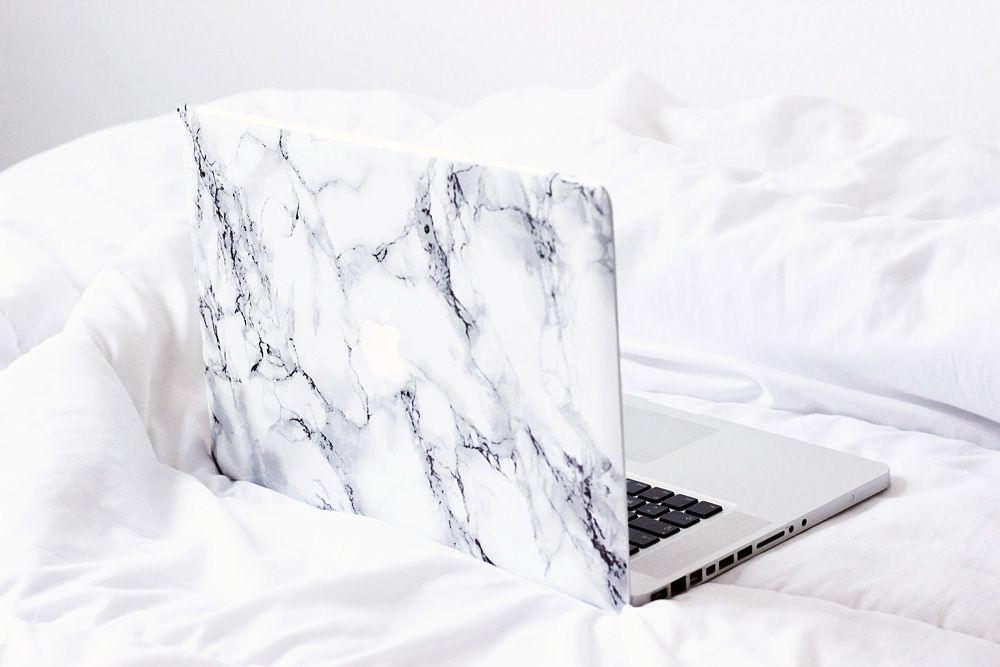 DIY-Marble-Sticker-for-Laptop