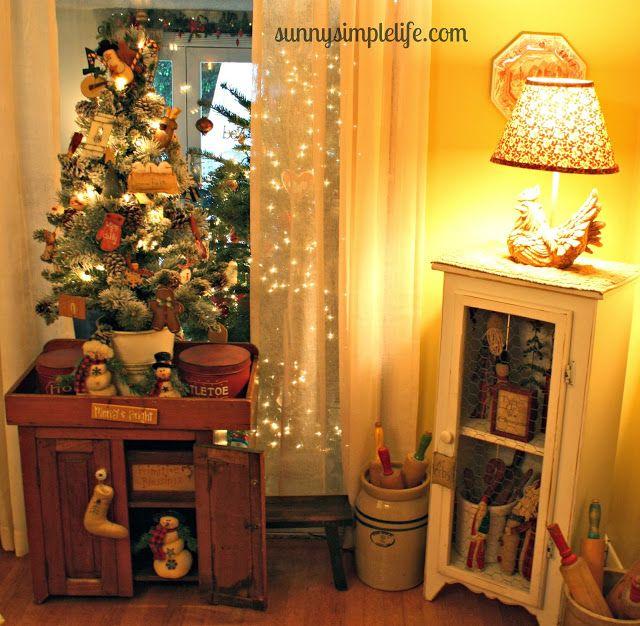 Sunny Simple Life - Christmas home tour, prim decor - primitive christmas decorations