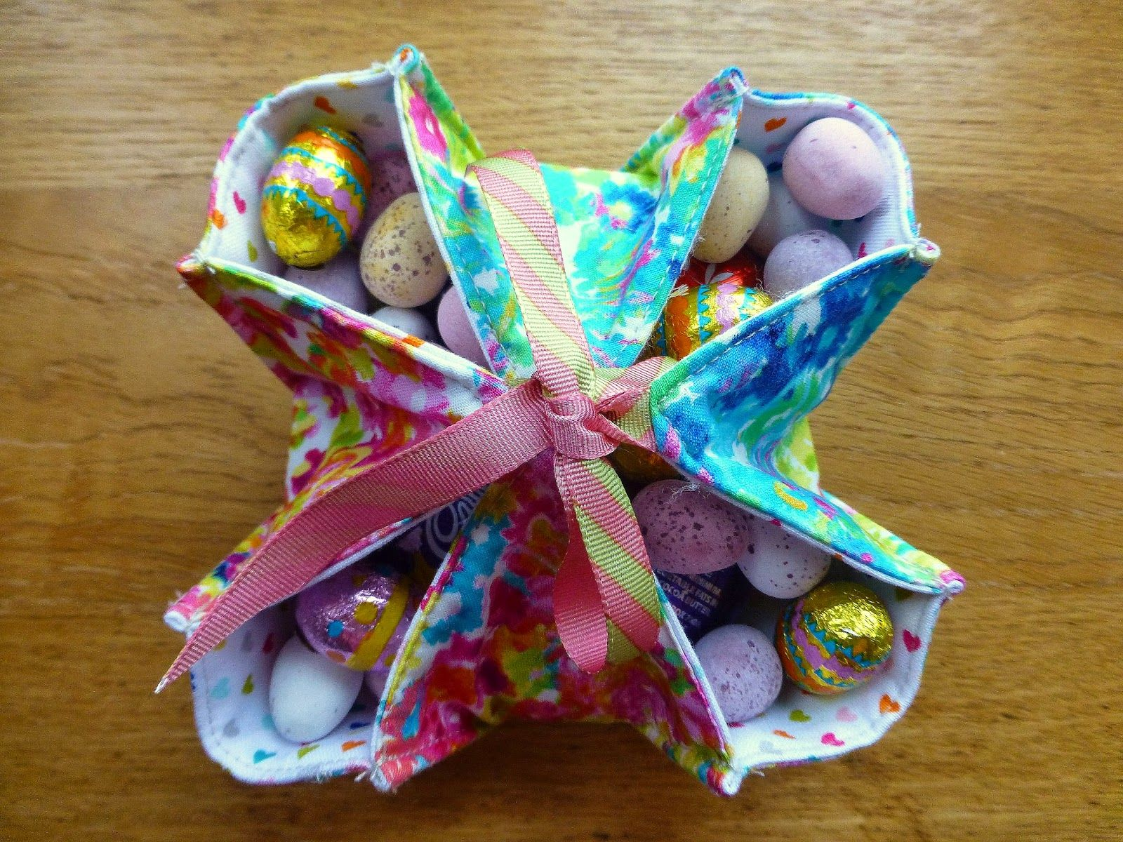 Easter Basket Tutorial Easter Fabric Easter Projects Easter