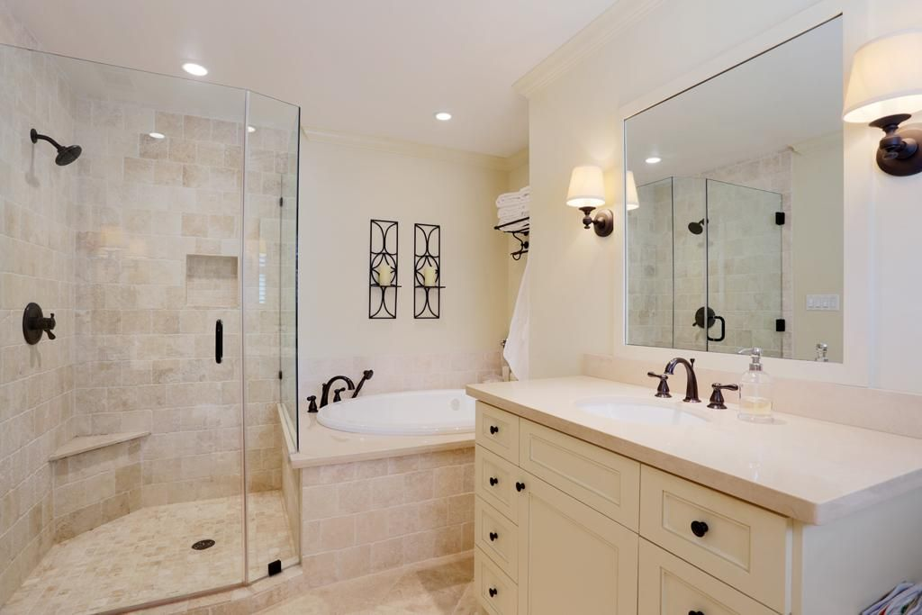 Crema marfil countertops google search master pinterest countertops master bathrooms for Crema marfil bathroom countertop
