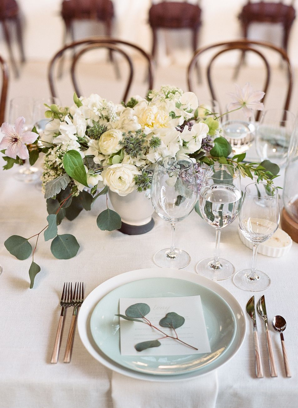 A Fresh Take on A Rustic Wedding in California Wine Country ...