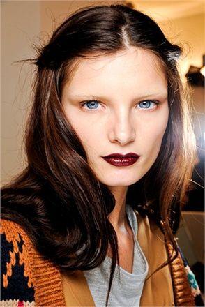 Deep red lipstick - Gucci