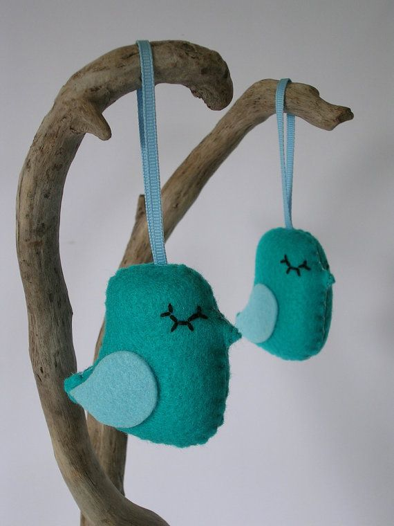 FUNKY FELT BIRD (turquoise) - hanging - handmade, baby shower, Birthday Parties, Wedding Party, gift, Special Occasion, Nursery Decor, kids