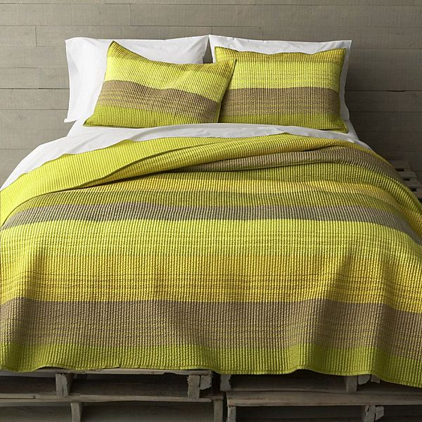 Great 17 Fabulous Modern Bedding Finds
