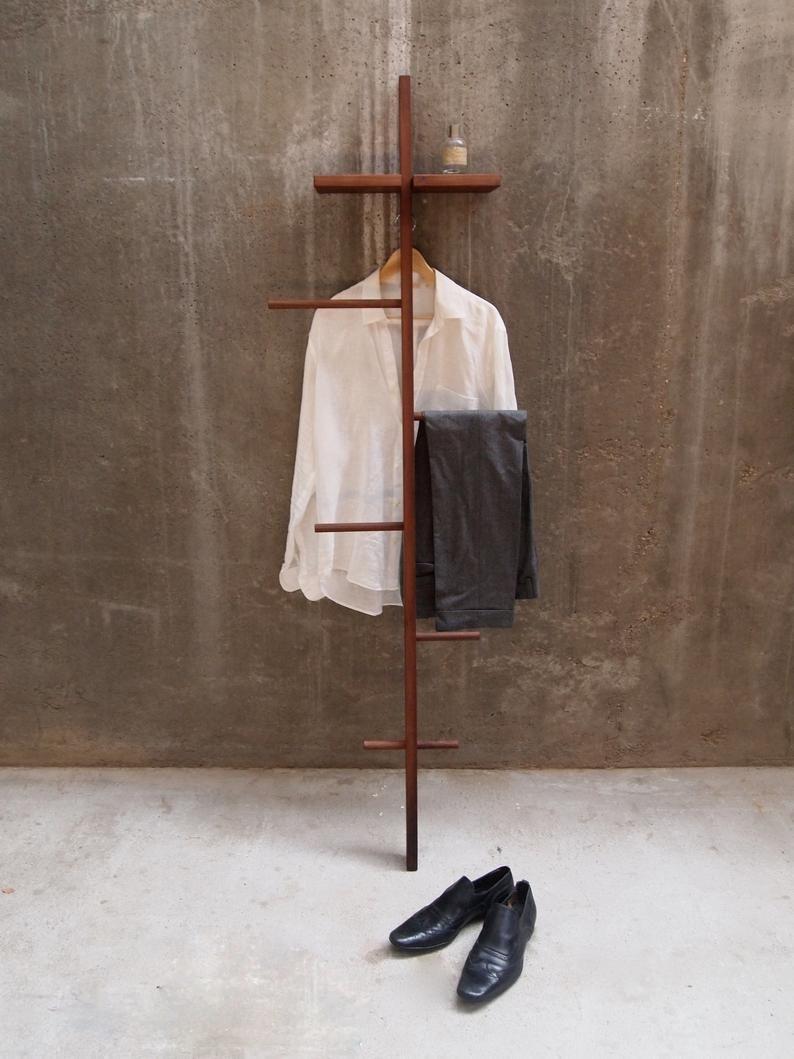Tb 5 Modern Day Valet Stand Stumme Diener Herrendiener Kleiderstander In 2020 Valet Stand Valet Stand Modern Clothes Valets