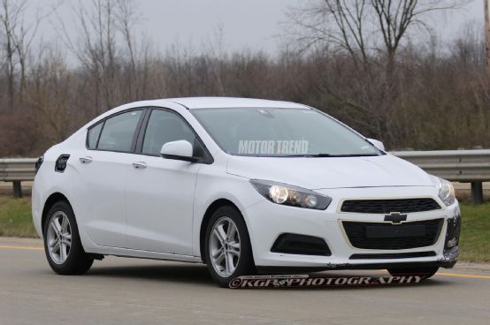 2016 Chevrolet Cruze Sports Diffe Grille Motor Trend Wot