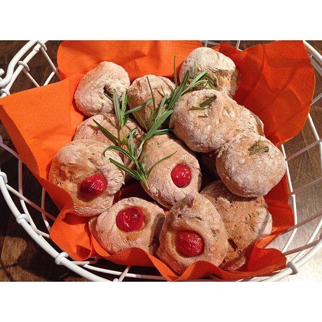 #leivojakoristele #mitäikinäleivotkin #kuivahiiva Kiitos @hullunakakkuihin