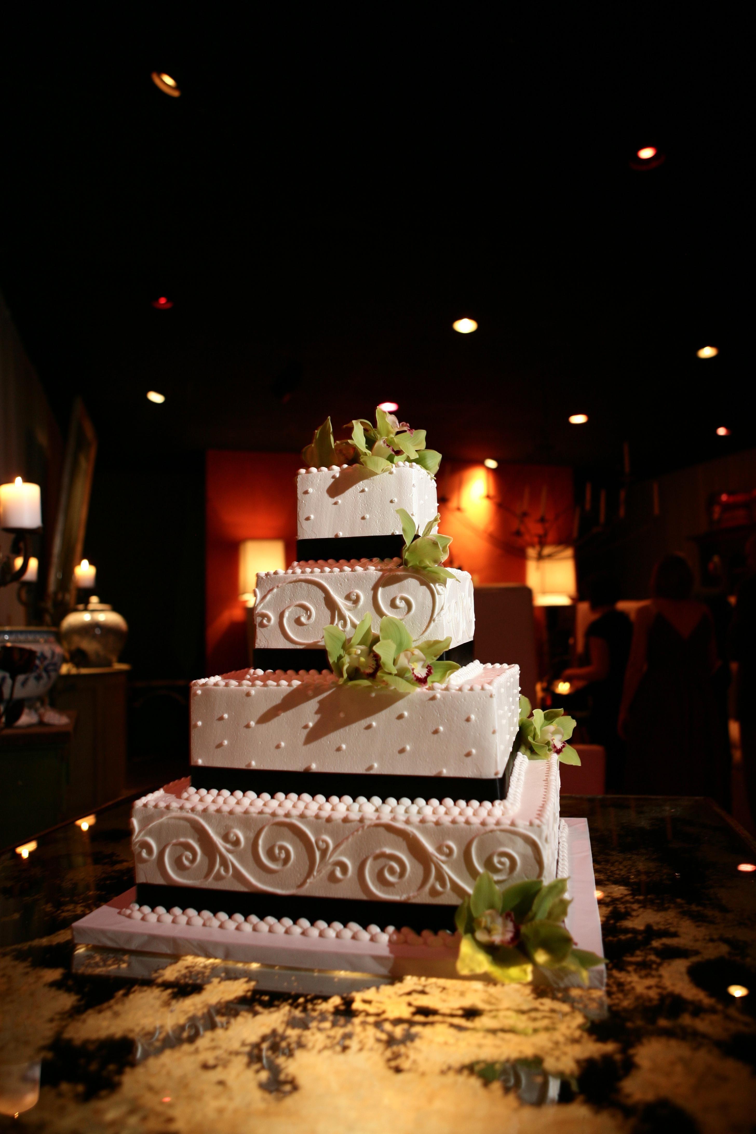 Nigerian wedding decoration images  Like the fun dot design on third tier  Wedding Cakes u Desserts