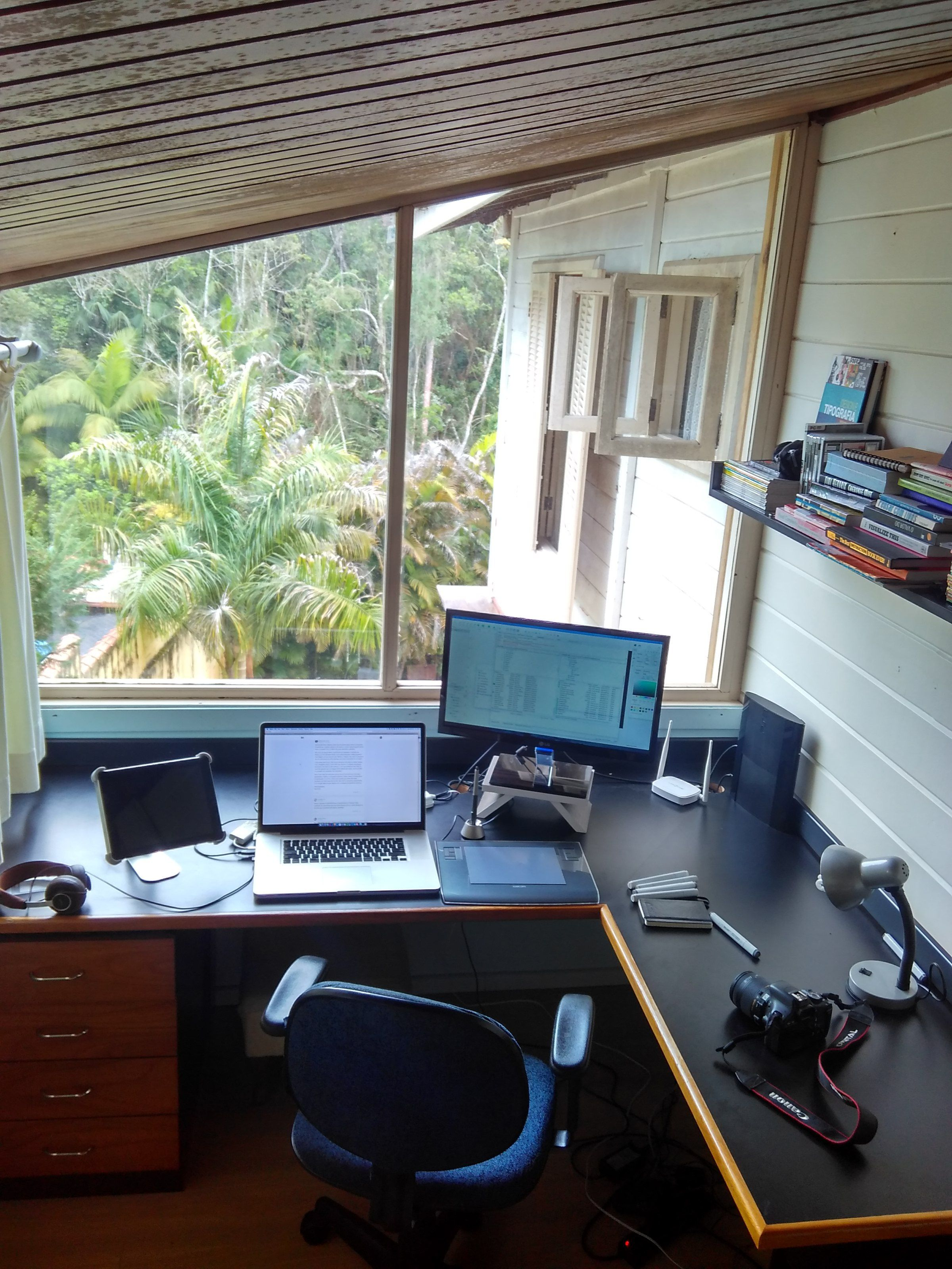 artist office. Minds Without Manacles, Freelancer, Digital Artist, Freelancing, Workplace, Victorluna Artist Office