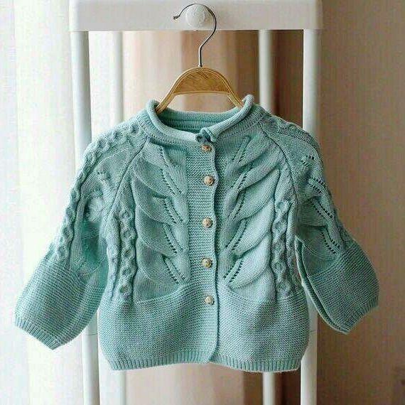 veste pour fille avec motif devant tricot b b pinterest tricot tricot b b et pull bebe. Black Bedroom Furniture Sets. Home Design Ideas
