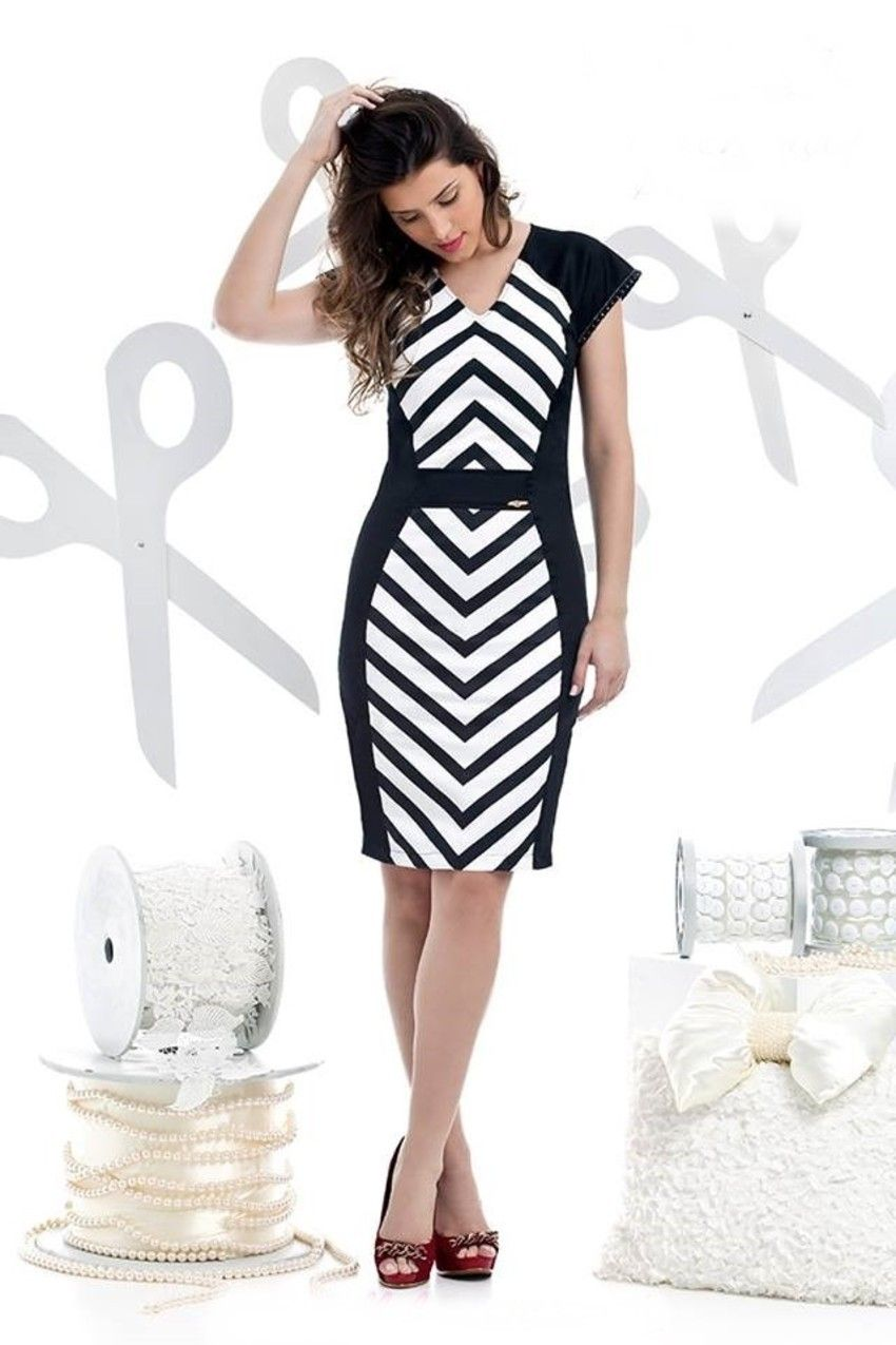 Vestido preto e branco verao