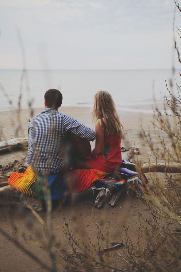 Bonfire on the beach would be fun, cute date idea! | Cute ...