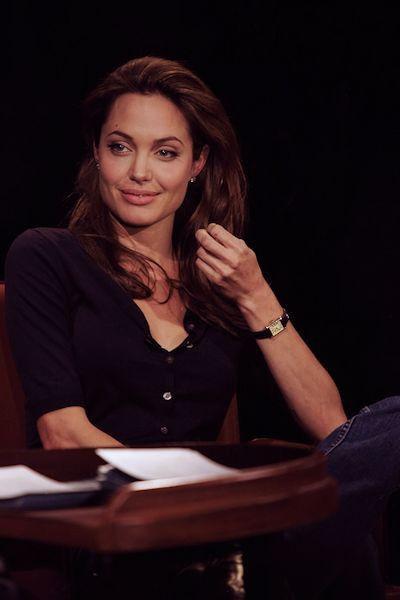Épinglé sur Angelina Jolie