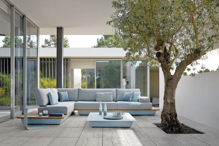 salon jardin design italien via Patricia Urquiola- canapé du0027angle - salon d angle de jardin