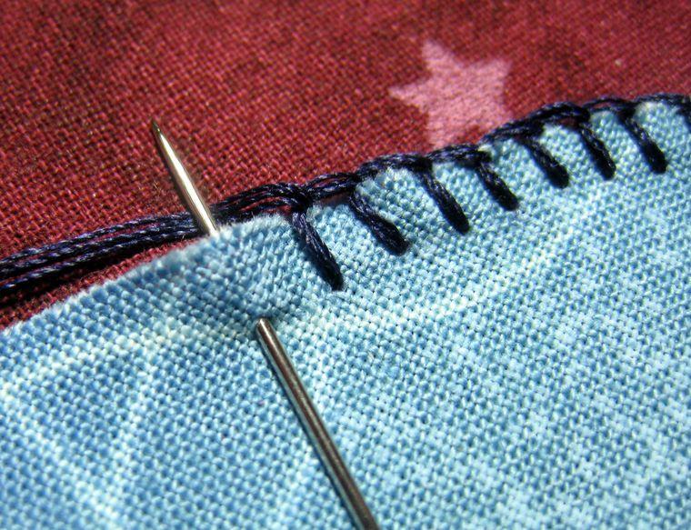 How To Blanket Stitch An Applique Conceptos Basicos De Costura Apliques De Mano Puntadas De Costura