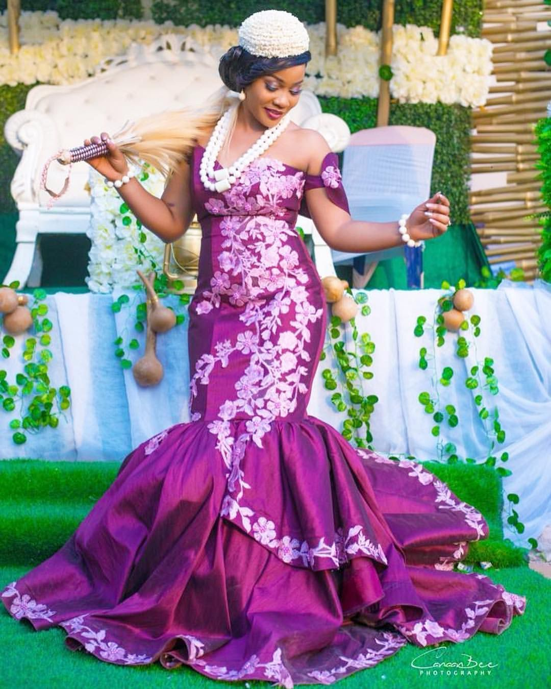 First Outing T A G H E R Photography Canaanbeephotography Bride S Nigerian Wedding Dresses Traditional Traditional Wedding Dresses Best African Dresses [ 1350 x 1080 Pixel ]