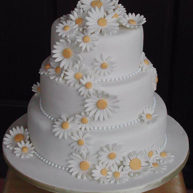 Ah So Cute Daisy Wedding Cakes Groom Wedding Cakes Daisy Cakes