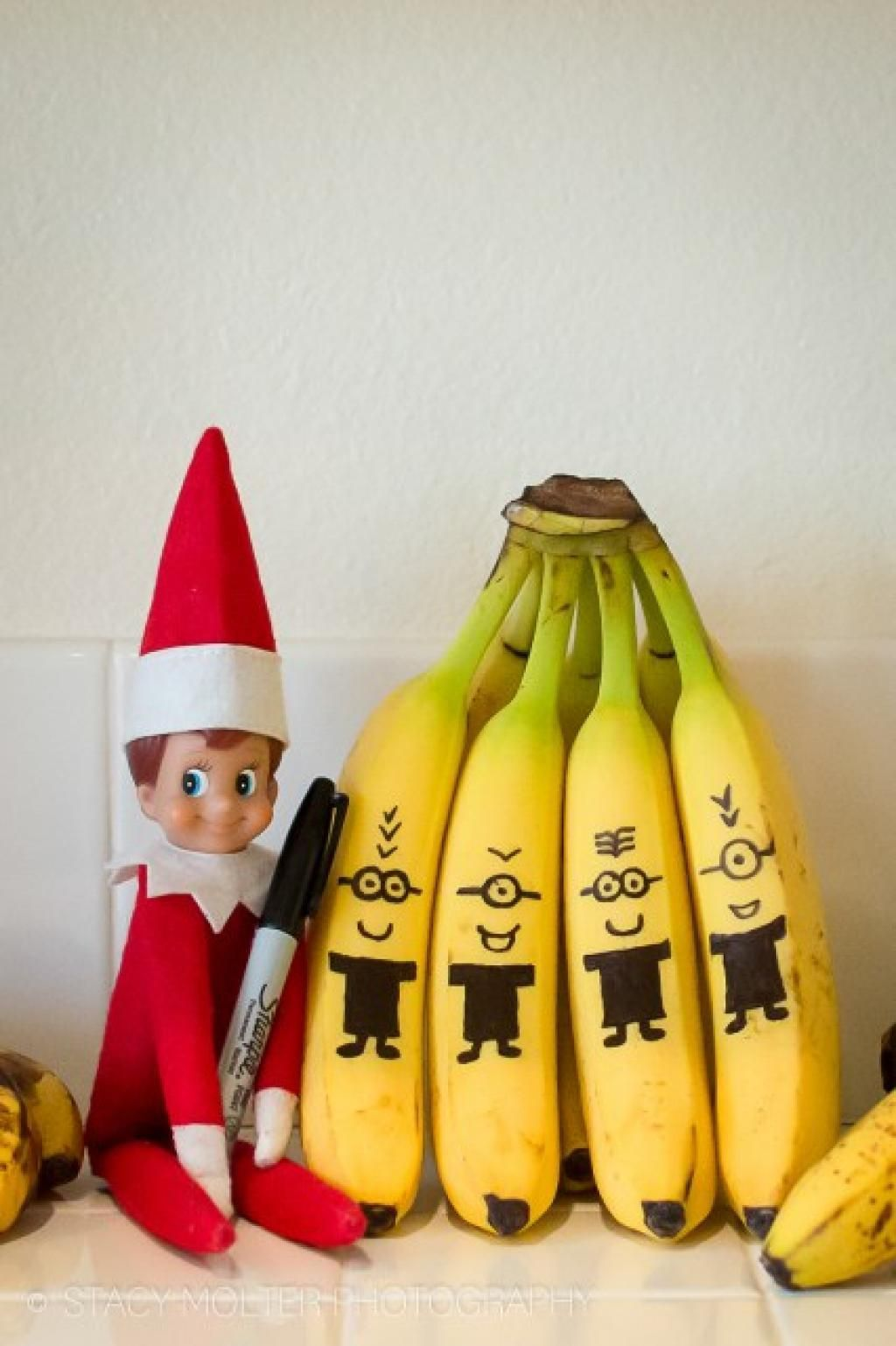 Here are the 26 best Elf on the Shelf ideas ! - Tips and Tricks - Tips and Crafts #lutindenoel