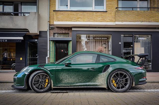 Instagram Photo By Ptsrs Will Jun 27 2016 At 12 22am Utc Porsche Gt British Racing Green Porsche Gts