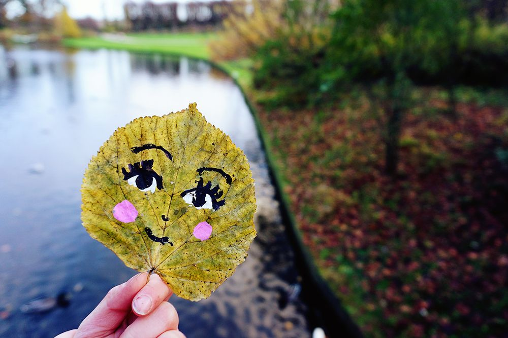 LEAVING LEAVES - a tiny street art project to do with your kids — Enfants Terribles Magazine