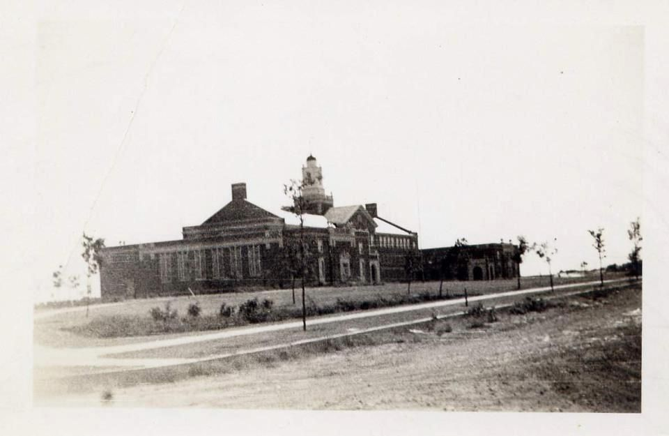 Arlington Heights High School Ft Worth Tx Circa 1935 Old West Photos Dallas Fort Worth Old Fort