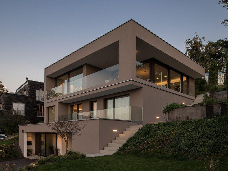 Einfamilienhaus Hanghaus modern Edelstahlpool luxushaus mit pool Luxushaus im Hang bauen am Hang