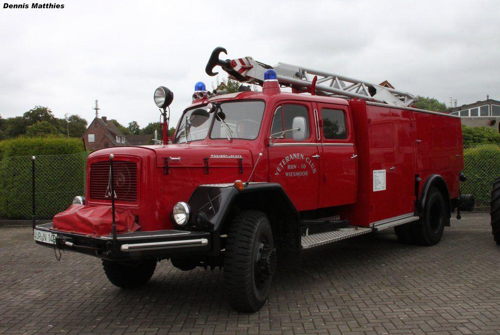 A Magirus Deutz F150 Mercur At The Oldtimermarkt Wiesmoor This Is A Combined Fire Truck It S A Equipment Truck Feuerwehr Fahrzeuge Einsatzfahrzeuge Deutz