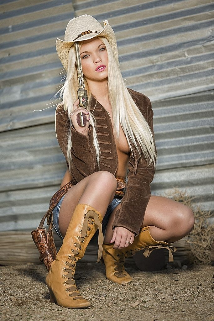 Sexy western style clothing for women — pic 2