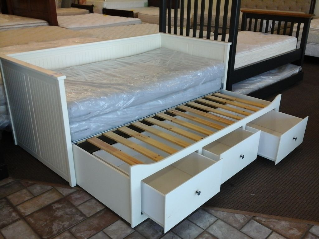 Ikea day beds hemnes home design ideas - Awesome Ikea Daybed With Trundle