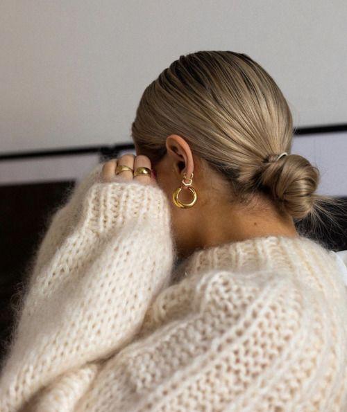 Pin by Naomi Ware on //STYLE//   Sleek fashion, Sleek bun ...
