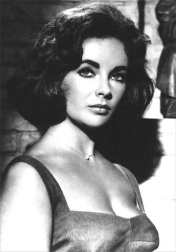 How To Copy Elizabeth Taylor S Hairstyles At Home Cleopatra Bob Up Do Layered Bob Beautystat Com Elizabeth Taylor Elizabeth Taylor Biography Hollywood