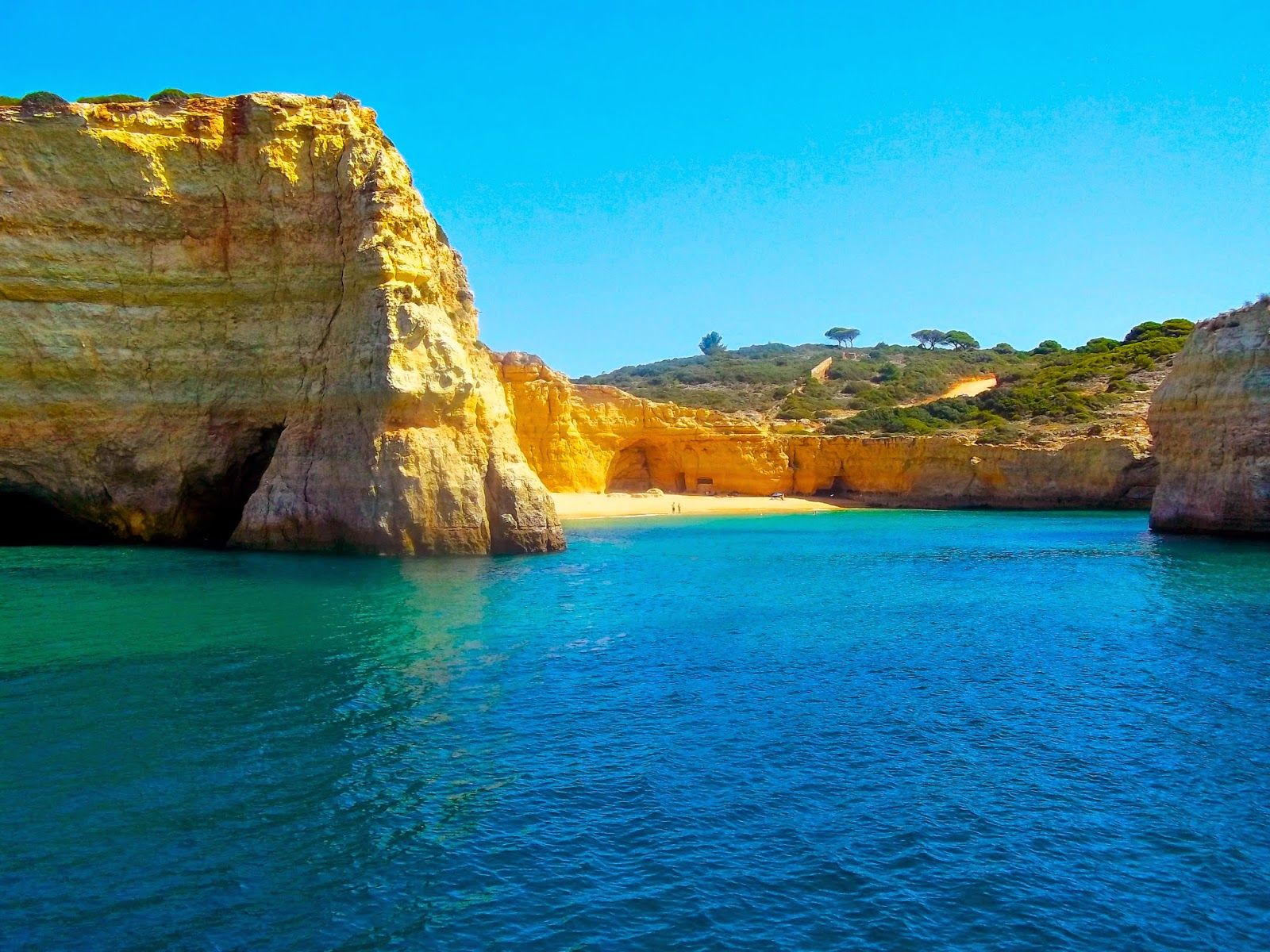 Time To Relax - Why You Should Visit The Algarve | Via Travel.Food.Film | 11.10.2014 - Known for it's clear blue sea and stunning white sandy beaches, The Algarve in Portugal is one of the best holiday destinations in all of Europe. Perfect for anyone who wants a relaxing week away from it all. The stunning Algarve is the place I go when I need to just sit back and relax in a stunning setting.  #Portugal