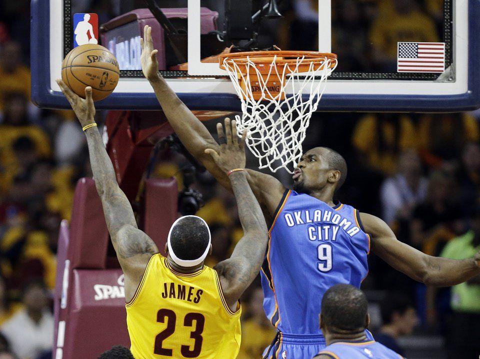 Oklahoma City Thunder Cavaliers Beat Okc For Sixth Straight Victory Article Photos Oklahoma City Thunder Cleveland Cavaliers Lebron Cavaliers Basketball